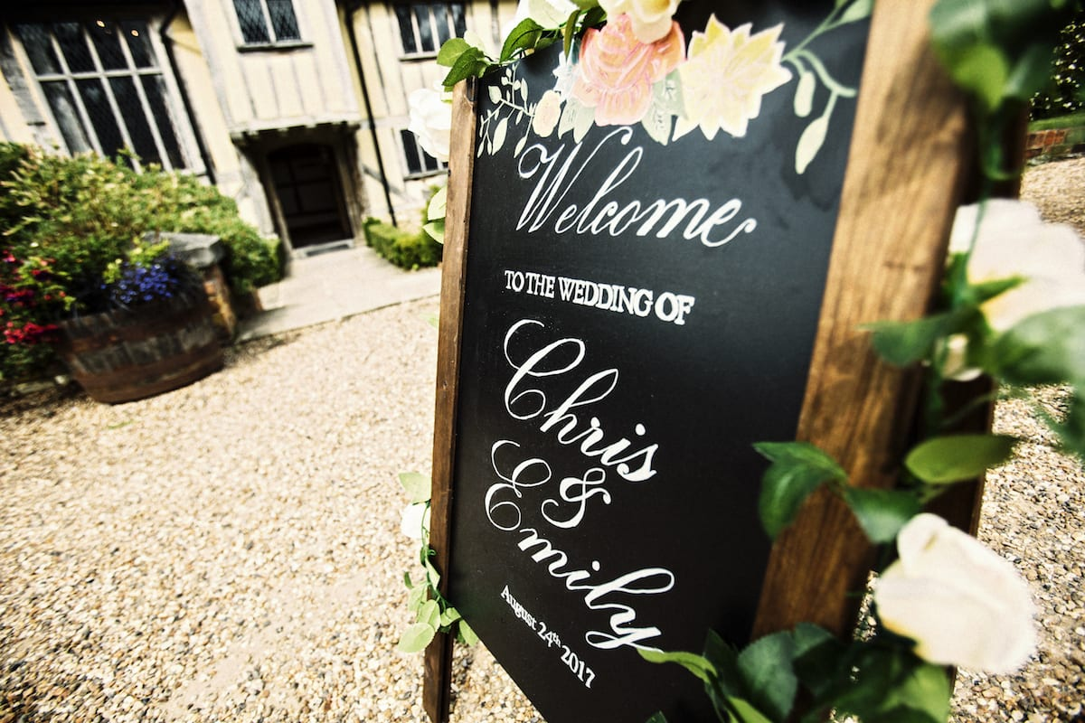 welcome chalkboard rustic Cain Manor decor ivy